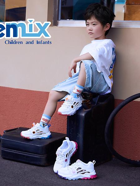 百丽国际童鞋童装品牌2021春夏户外上衣