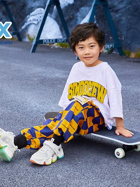 百丽国际童鞋童装品牌2021春夏印字母宽松T恤