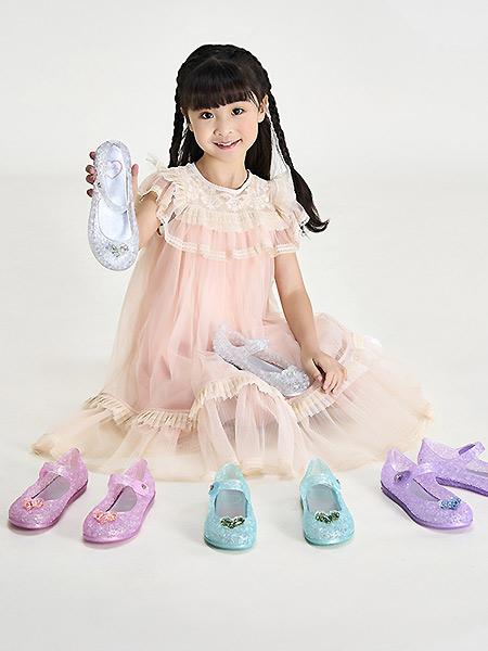 沙驰童鞋童鞋品牌2021春夏透气精美淑女鞋