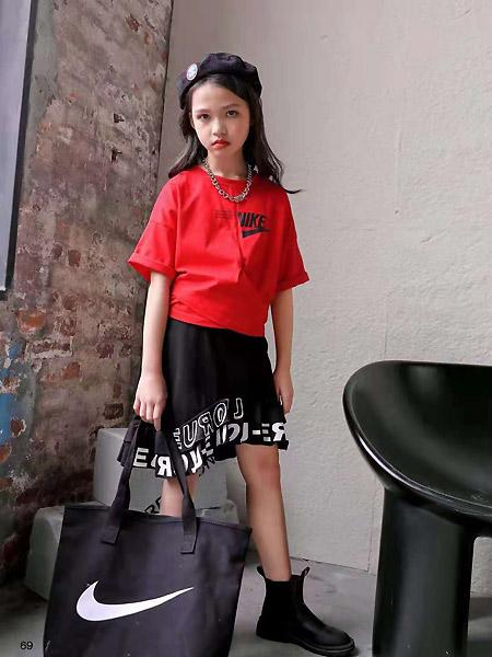 班吉鹿banjilu童装品牌2021春夏红色中袖宽松上衣