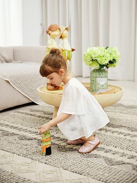 三木比迪童装品牌2021春夏宽松白色仙气上衣