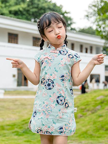 2021年创业推荐 加盟淘气贝贝童装品牌