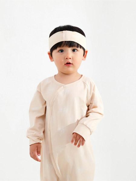 Petit Kami贝蒂卡密童装品牌2021春排扣连体爬服