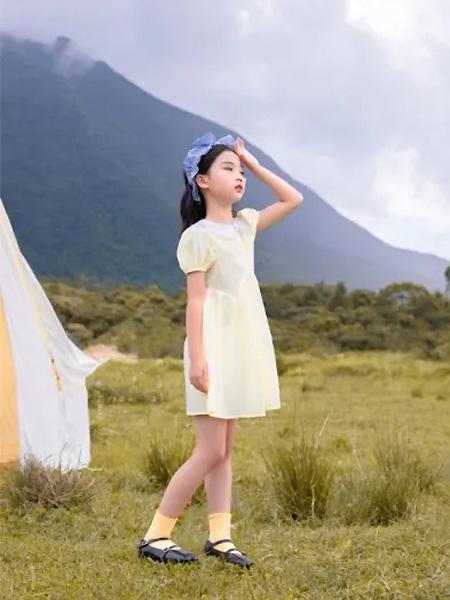 莳季童装品牌2021夏季灯笼袖雪纺连衣裙
