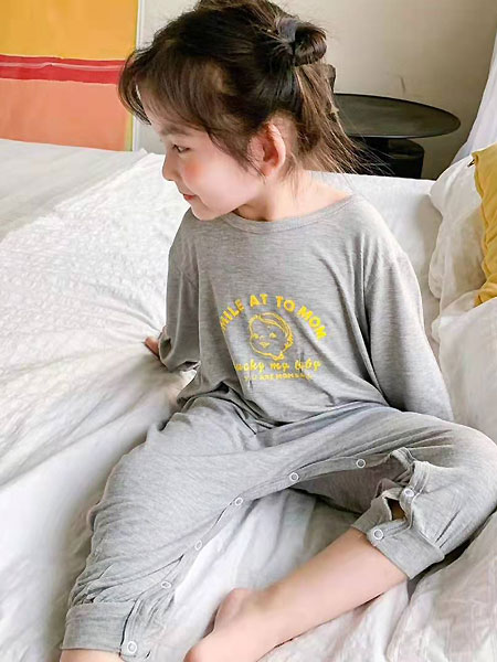 田佳禾童�b品牌2021夏季�棉灰色睡衣