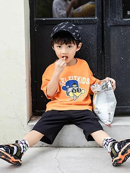 卡儿菲特童装品牌2021夏季橙色休闲中袖T恤