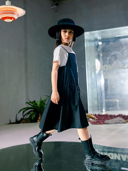 吾名堂童装品牌2021夏季时尚微褶两件套吊带连衣裙