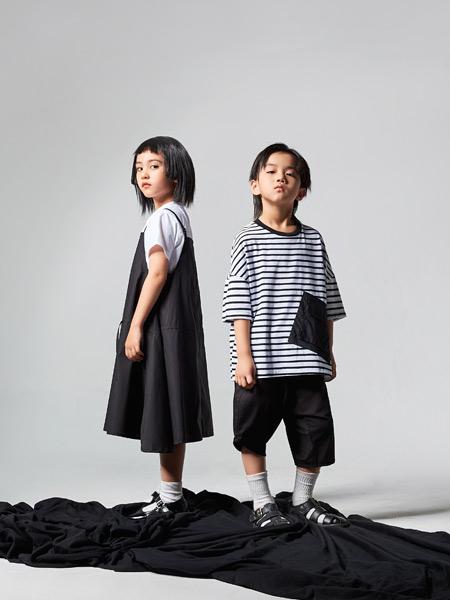 吾名堂童装品牌2021夏季个性条纹休闲T恤
