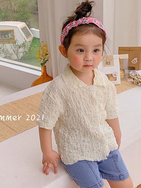 9厘米童装童装品牌2021夏季褶皱小翻领衬衫上衣