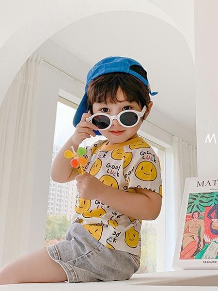 9厘米童装童装品牌2021夏季韩版笑脸T恤