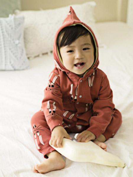 O奈童装品牌2021夏季小兔子印画套装睡衣