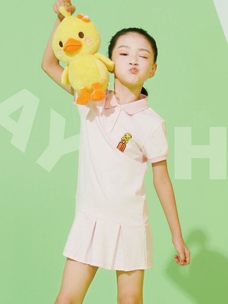 小黄鸭童装品牌2021夏季运动风宽松翻领连衣裙
