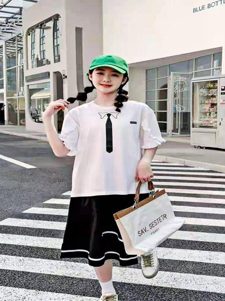 萌豆童装童装品牌2021夏季学院T恤短裙套装