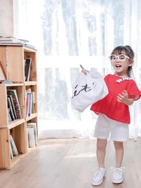 缝纫机小队长童装品牌2021夏季蝴蝶结领口T恤