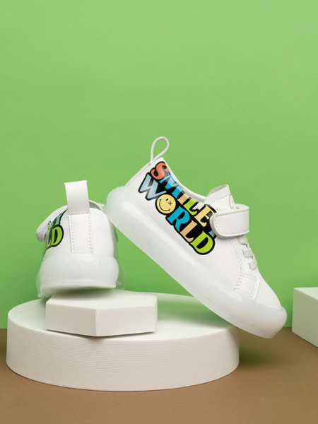 SmileyWorld童鞋品牌2021春夏小白鞋