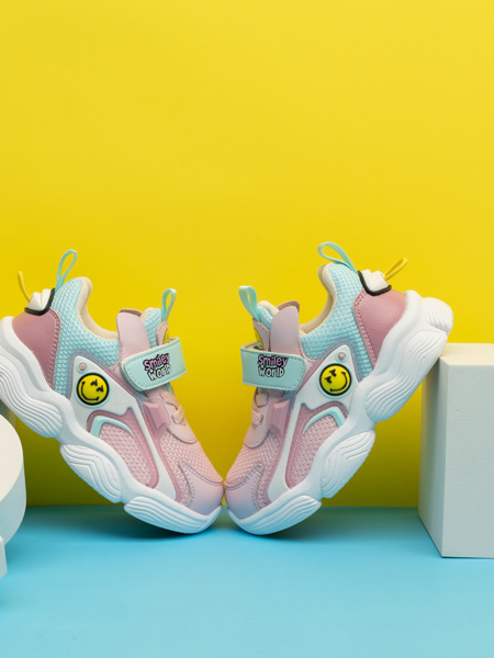 SmileyWorld童鞋品牌2021春夏�W面�\�有�