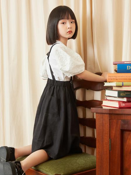 MCMK玛卡西童装品牌2021春夏修身白色衬衣吊带裙套装