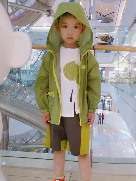 ULLU优露童装品牌2021夏季绿色透气防晒衣