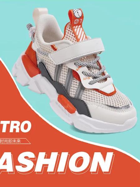 机器猫童鞋品牌2021夏季潮流时尚透气网运动鞋