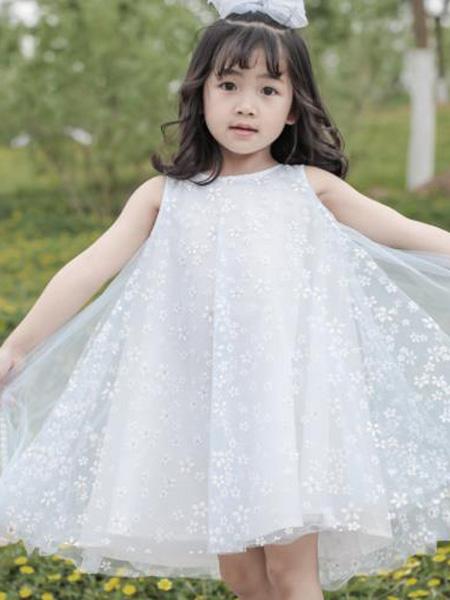 小才宝MT童装品牌2021春夏刺绣印花蕾丝连衣裙