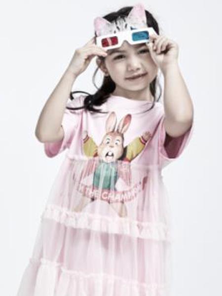 小才宝MT童装品牌2021春夏卡通兔子刺绣粉色连衣裙