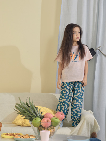 Moomoo童装品牌2021夏季碎花透气直筒裤