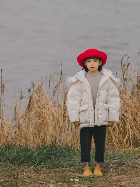 蒂萨纳D`sana童装品牌2021秋季加绒白色羽绒服