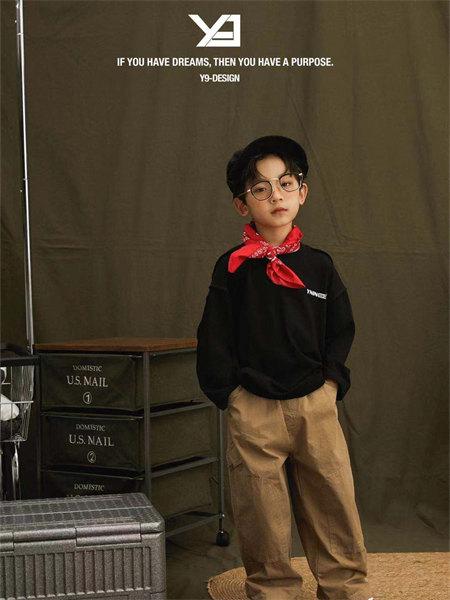 Y-9童装品牌2021秋季黑色刺绣系带卫衣套装