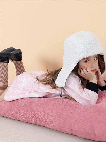 摩米mes amis童�b品牌2021秋冬粉色印花�B衣裙