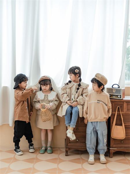 迪士汤姆童装品牌2021秋季雪纺纯色宽松风衣