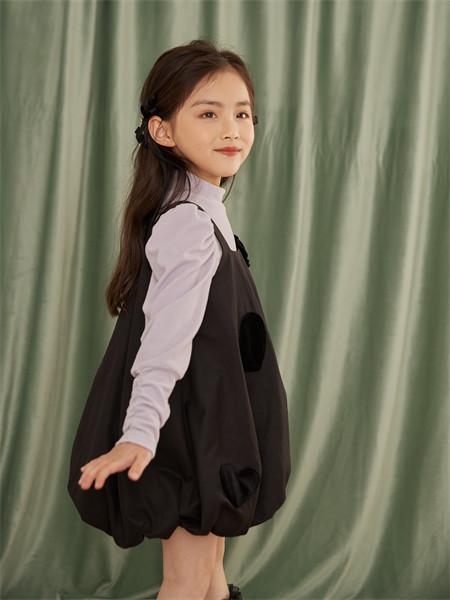 小资范童装品牌2021秋季补丁刺绣束脚连衣裙