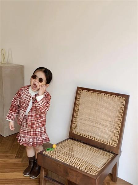 炒饭童装品牌2021秋冬棉麻针织纹路外套两件套