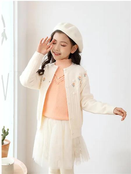 可趣可奇童装品牌2021秋季花朵刺绣针织衫