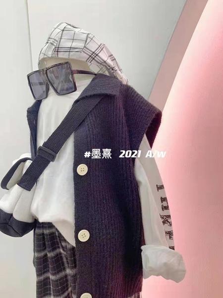 小明星童装品牌2021秋冬针织马甲